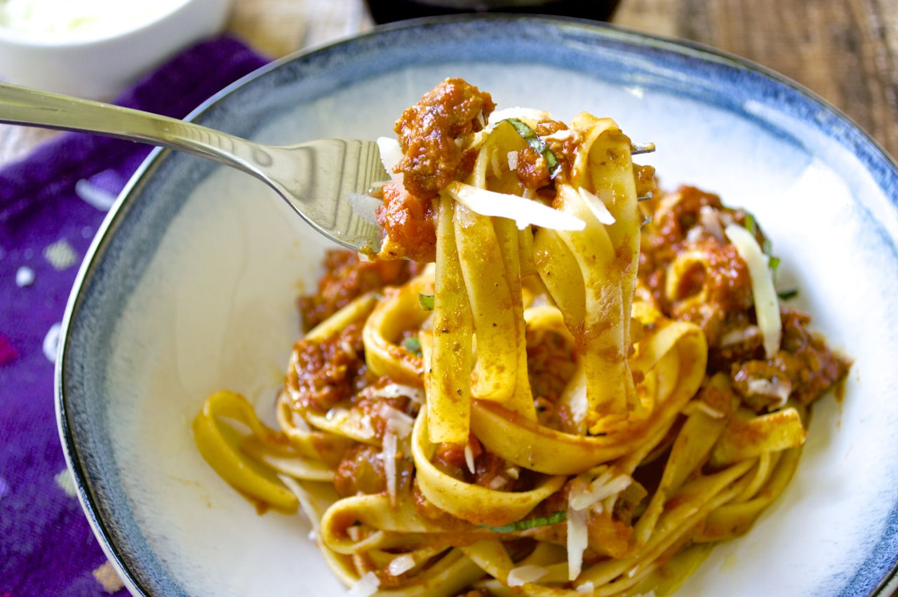 Sausage Bolognese - Fashionable Foods