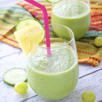 "Perfect ""Pick Me Up"" Green Smoothie"