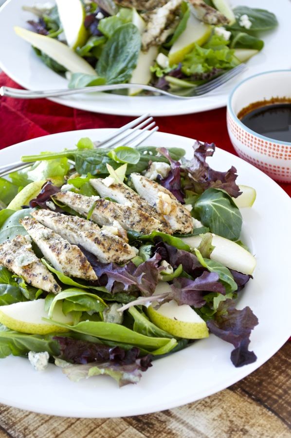 Grilled Chicken Pear and Blue Cheese Salad