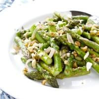 Asparagus with Walnuts and Feta