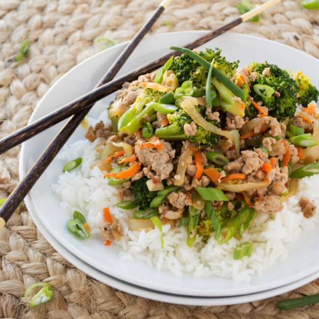 Ground Turkey and Broccoli Stir-Fry