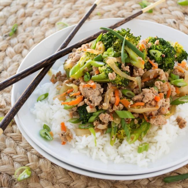 Ground Turkey and Broccoli Stir-Fry