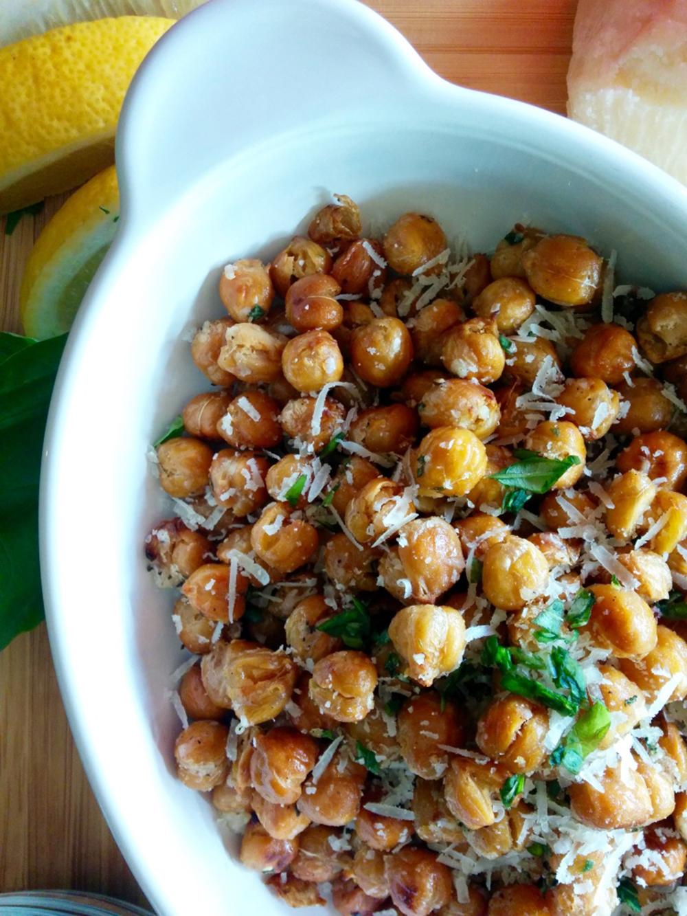 Roasted Chickpea Popcorn
