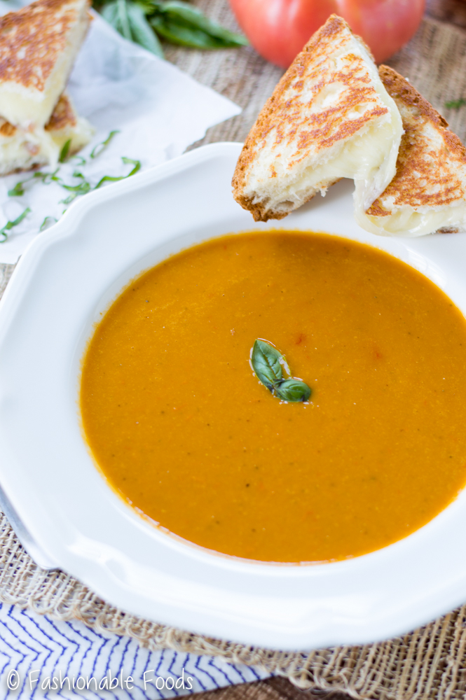 Roasted Summer Tomato Soup