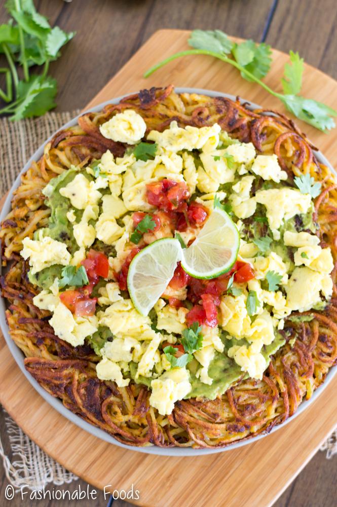 whole30-spiralized-potato-breakfast-pizza_