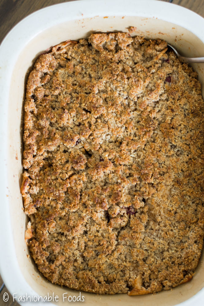paleo-apple-cranberry-crisp