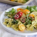Creamy Pesto Pasta with Arugula and Tomatoes